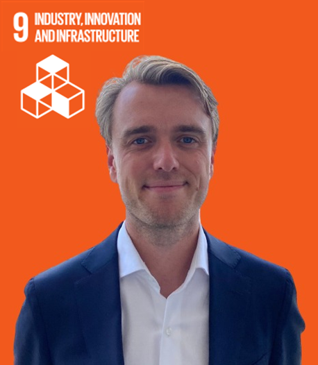 SDG 9: Industry, innovation and infrastructure represented by employee Machiel